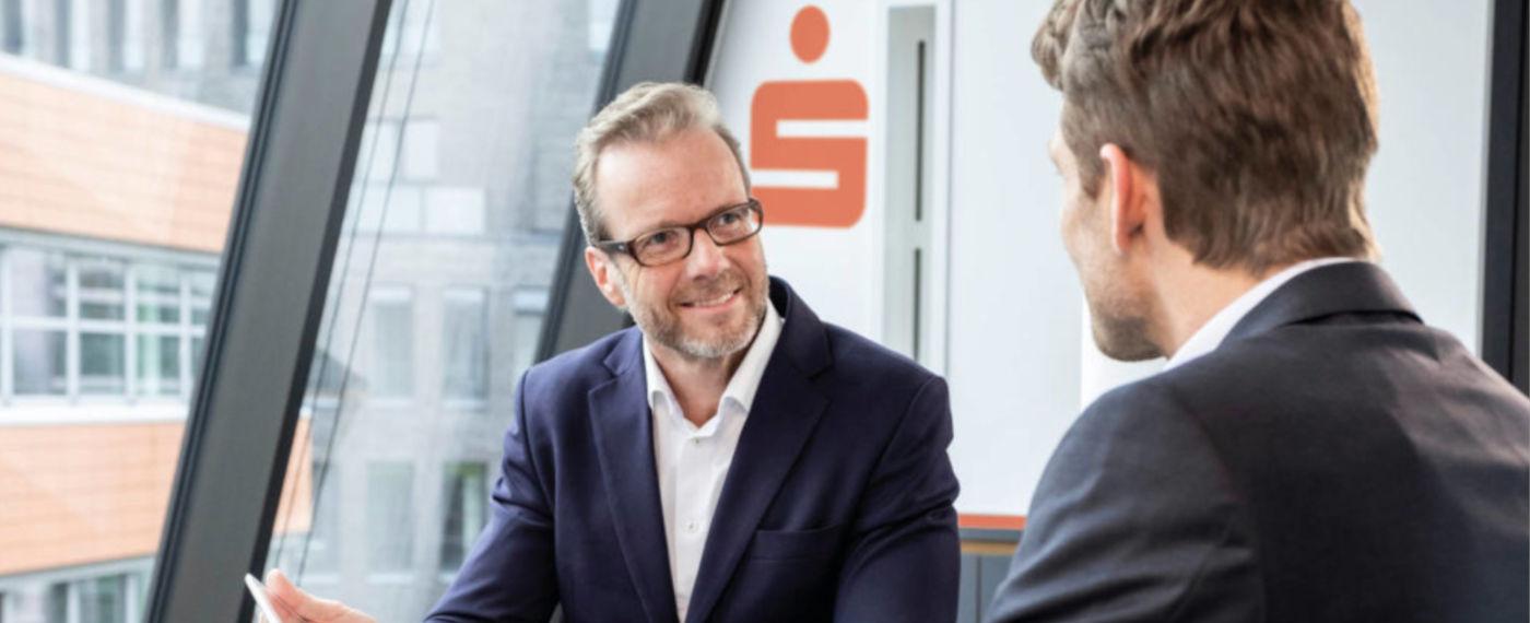 Banken und Sparkassen als digitaler Beratungspartner bei Firmenkunden gefragt
